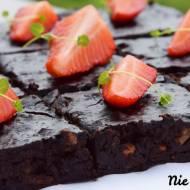 Brownie z czerwonej fasoli i daktyli