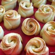 Kruche ciasteczka  - różyczki