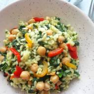 Risotto ze szpinakiem, papryką i ciecierzycą (Risotto con spinaci, peperoni e ceci)
