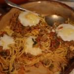 Gniazdka z mięsem i serem, spaghetti inaczej