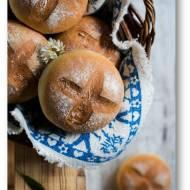 Bułki pszenne przygotowane metodą solno – drożdżową