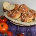 Bułki pszenne pieczone metodą solno - drożdżową