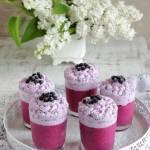 Serniczki jagodowe w szklankach
