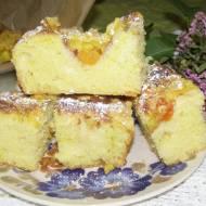 drożdżówe ciasto z kurkumą i owocami tropikalnymi...