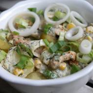 Sałatka z młodych ziemniaków i kurczaka gyros