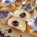 Słodkie bułeczki z czekoladą (Panini dolci con cioccolato)