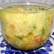 zupa warzywna z kaszą jaglaną na maśle...