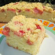 Ciasto z rabarbarem i kruszonką-na maślance, pyszne