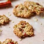 Ciasteczka owsiane z rabarbarem