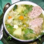 zupa jarzynowa z białą kiełbasą...