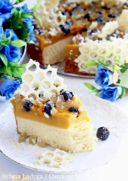 RAJSKIE CIASTO – ciasto cytrynowe z galaretką mango, owocami i białą czekoladą