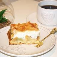 Ciasto z rabarbarem i bezą