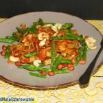 Tagliatelle w sosie pomidorowym ze szparagami