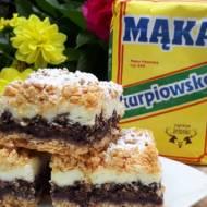 Kruche ciasto z waniliową pianką