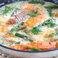 Ryba w kremowym sosie ze szparagami. PRZEPIS