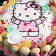 Tort z opłatkiem i truskawkową nutą (na 2 urodziny Natalii)