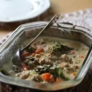 Klopsy gotowane w sosie szparagowym