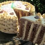Tort bez pieczenia-herbatnikowy z masą czekoladową i kawową, rozpływa się w ustach