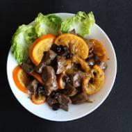 Wątróbka z pomarańczami i suszoną żurawiną w pomarańczowo-miodowym sosie