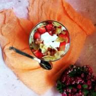 Orkiszanka z truskawkami i jogurtem kokosowym (Vege)