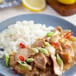 Kurczak cytrynowy z ryżem. Pyszne danie, które zrobisz w 15 minut. PRZEPIS