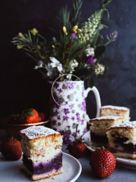 Cytrynowe ciasto z owocami