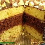 Tort biszkoptowo - czekoladowy.