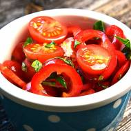 Surówka z pomidorów i papryki