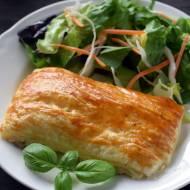 Filet z kurczaka pod ciastem francuskim