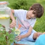 Domowa lemoniada cytrynowa (przepis)