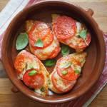 Pierś z kurczaka z pomidorem i mozzarellą. Krok po kroku.