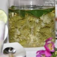 Herbata z kwiatów lipy i kawałek drewnianego Mazowsza