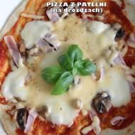Pizza z patelni (na drożdżach)