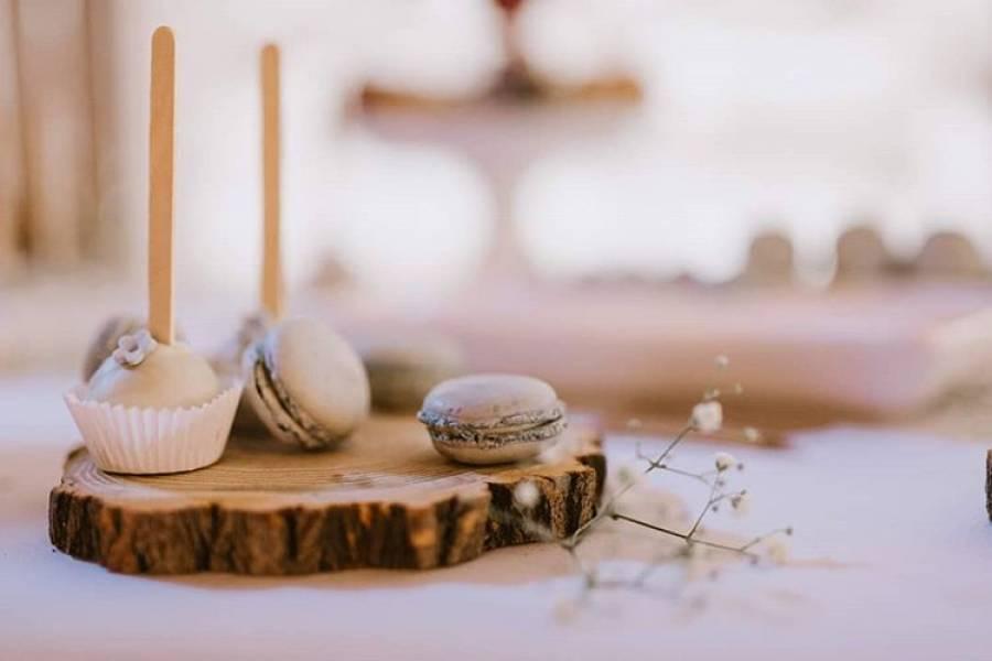 Słodki stół- makaroniki + cake pops