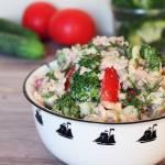 Sałatka z tuńczykiem, brokułem i ryżem