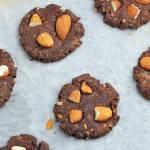 Bezglutenowe kakaowe ciasteczka z migdałami
