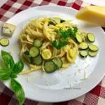 Makaron z cukinią i gorgonzolą