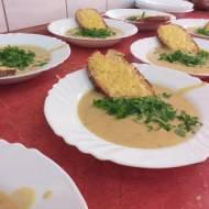 Prosto z francji- zupa serowo cebulowa