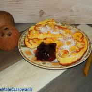 Kokosowy omlet z plantanem na śniadanie