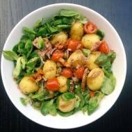 Włoska sałatka z młodych ziemniaków