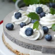 Ciasto bez pieczenia z borówkami na kefirze