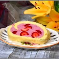 Rolada truskawkowa