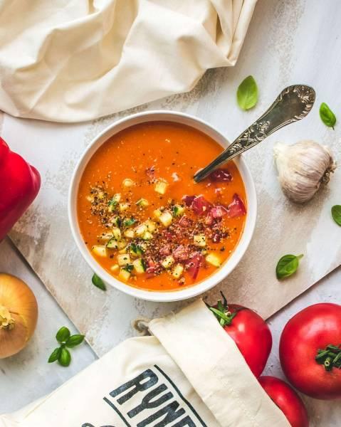 Gazpacho – chłodnik idealny na lato