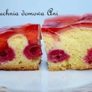 Ciasto z wiśniami i galaretką