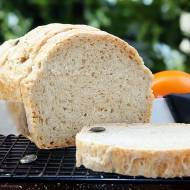 Prosty chleb na gotowym zakwasie orkiszowym z drożdżami