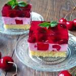 Ciasto z czereśniami i galaretką