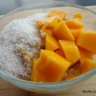 Kokosowa owsianka z mango