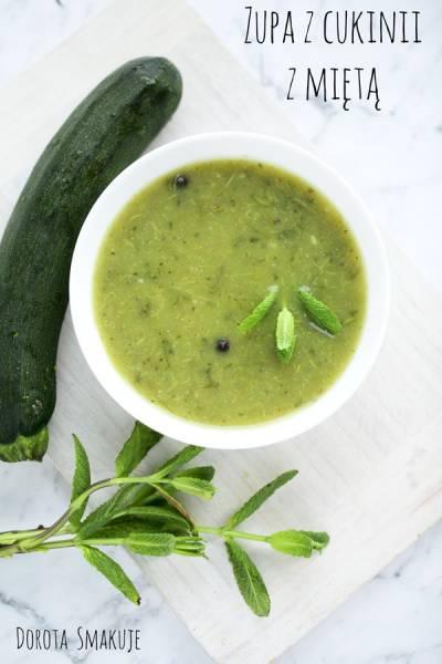 Zupa z cukinii z miętą – post dr Dąbrowskiej