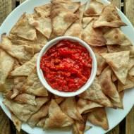 Nachos z salsą pomidorowo-paprykową