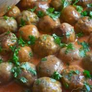 Pulpeciki wieprzowe w sosie pomidorowym
